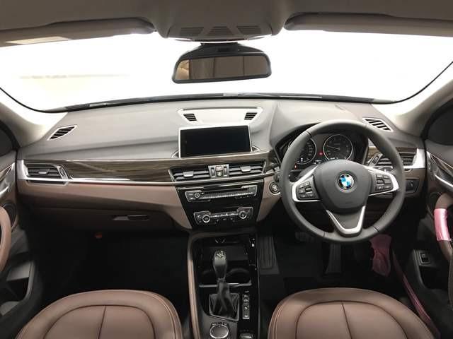 xDrive 25i xライン(5枚目)