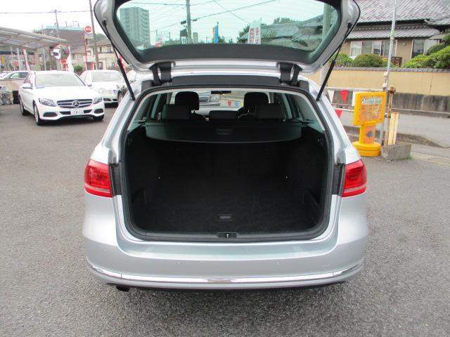 TSIハイライン ブルーモーションテクノロジー 保証付 HDDナビ・フルセグTV・バックカメラ・ETC・Bluetoothオーディオ・黒革シート・シートヒーター・前後センサー・クルーズコントロール・アイドリングストップ(6枚目)