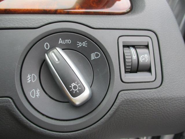 TSIハイライン ブルーモーションテクノロジー 保証付 HDDナビ・フルセグTV・バックカメラ・ETC・Bluetoothオーディオ・黒革シート・シートヒーター・前後センサー・クルーズコントロール・アイドリングストップ(23枚目)