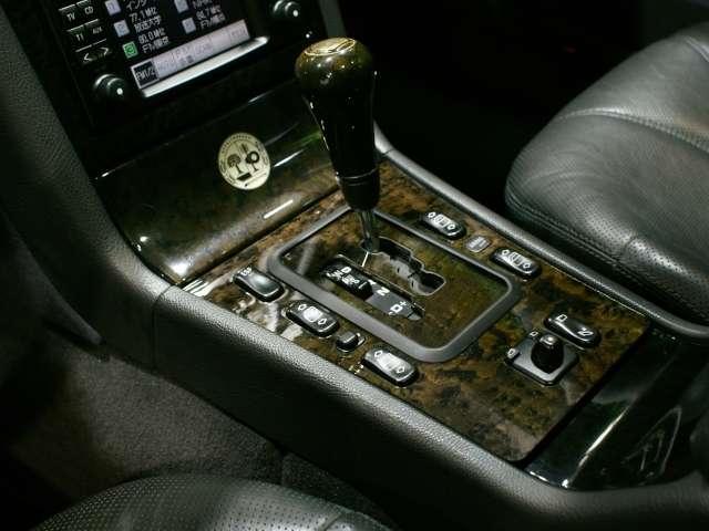 AMG AMG E55T 正規D車 サンルーフ HORNET フォグHID