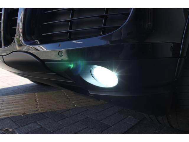 ポルシェ ポルシェ カイエン GTS PDCC シートヒーター ブラックアウトAW