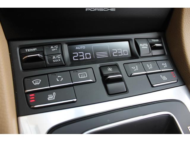 ポルシェ ポルシェ 911カレラ カブリオレ ベージュ革 赤幌 ディーラー車