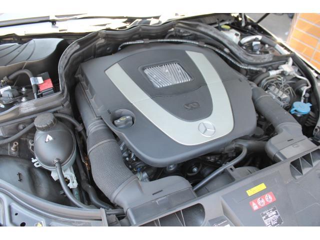 ■V6DOHC・3.5L/馬力272PS/トルク35.7Kgm(カタログ値)■