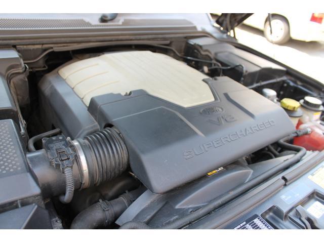 4.2 V8スーパーチャージド 白革サンルーフ  リアカメラ(18枚目)