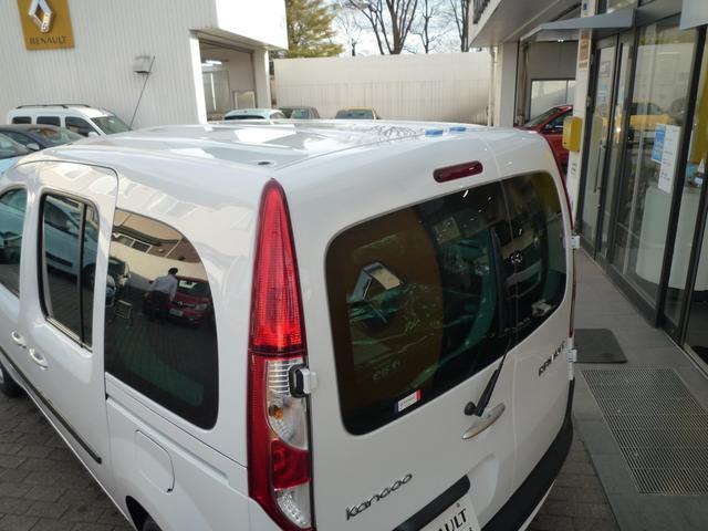 「ルノー」「カングー」「ミニバン・ワンボックス」「東京都」の中古車74
