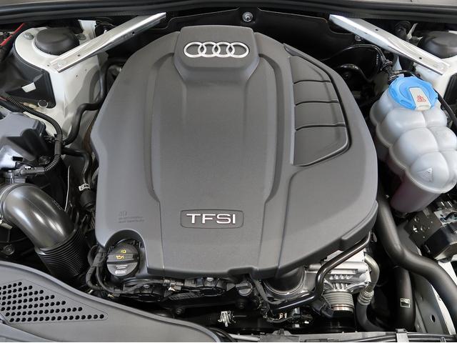 <TFSIエンジン>効率的な過給システムを採用することで低速から豊かなトルクを発揮します。