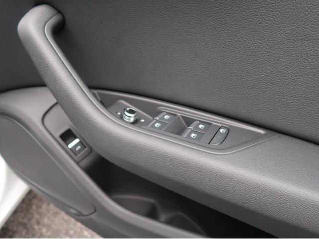 使用頻度の高いドアパネル/ウィンドウ・ミラースイッチは問題なき状態を保っています。