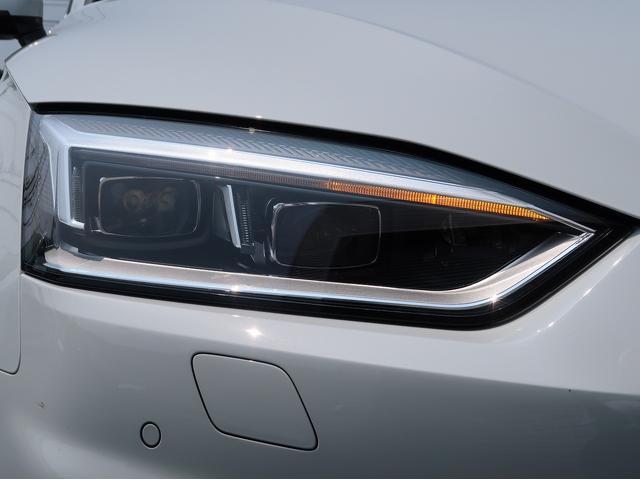 ヘッドライトには持久性が高く、太陽光に近いLEDライトを使用致しております。