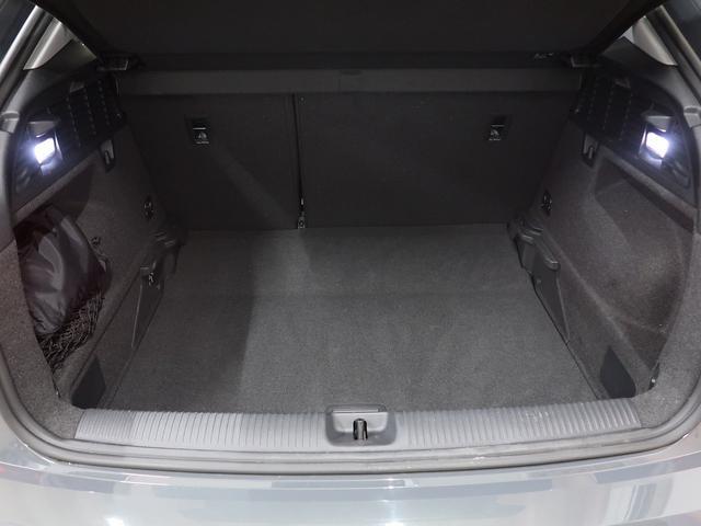 「アウディ」「アウディ Q2」「SUV・クロカン」「神奈川県」の中古車19
