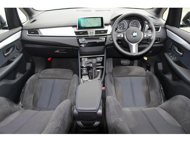BMW BMW 218iアクティブツアラー Mスポーツ LEDライト17AW