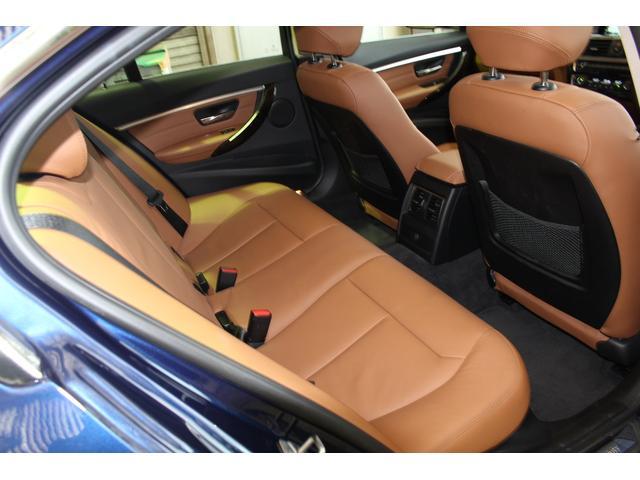 BMW BMW 318i ラグジュアリー サドルブラウンレザー LEDライト