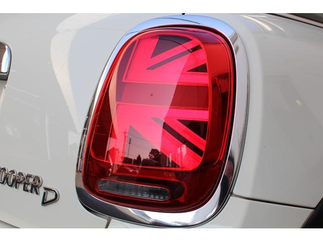 クーパーD 認定保証2年付・コンフォートA・純正HDDナビ・LEDヘッドライト・ETC・後付ユニオンジャックテールライト・6速AT・ブラックルーフ・純正15インチAW(19枚目)