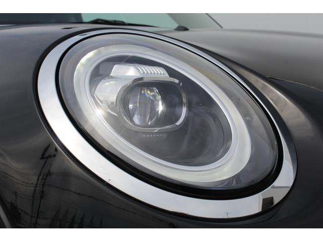クーパーS 認定保証2年付・コンフォートA・Dアシスト・ACC・純正HDDナビ・リアカメラ・前後障害物センサー・LED・ミラーETC・Fアームレスト・7速DCT・ブラックルーフ・純正17AW・社外車高調整式サス(20枚目)