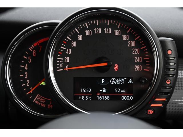クーパー 認定保証1年付・6速AT・ドライビングモード付・ブラックルーフ・ルーフステッカー・純正HDDナビ・社外リアカメラ・LEDヘッドライト・ETC・純正15インチAW(14枚目)