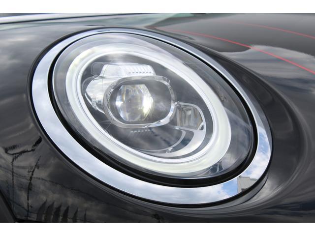 ジョンクーパーワークス 認定保証2年付・コンフォートA・Dアシスト・ACC・ヘッドアップD・Fシートヒータ・純正ナビ・リアカメラ・前後PDC・LED・ミラーETC・8速AT・レッドルーフ・ダイナミカシート・純正18AW(20枚目)