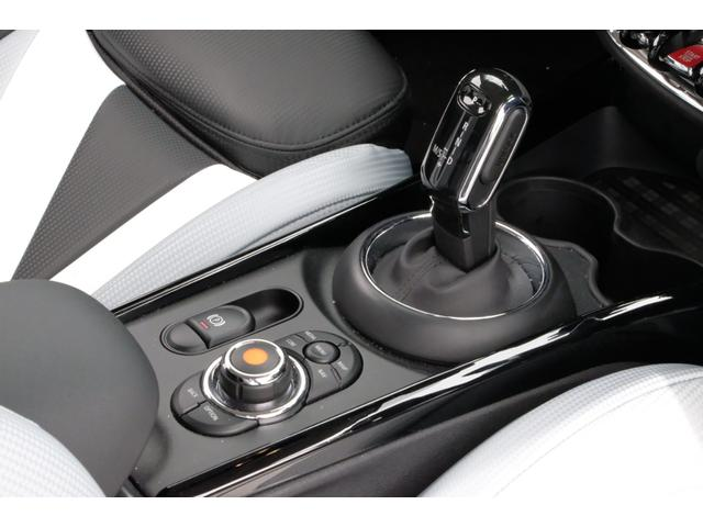 クーパーSD クラブマン 認定保証2年付・LEDライト・HDDナビ・ETC(18枚目)