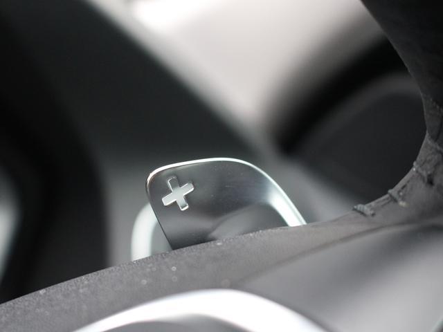 ボルボ ボルボ V60 D4 SE登録済未使用車 ブラック革 Bカメラ ナビ