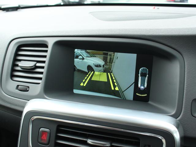 ボルボ ボルボ V60 T5 SE登録済未使用車 ベージュ革 8AT リアカメラ