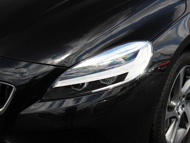 D4 モメンタム 登録済未使用車 LEDヘッドライト(8枚目)