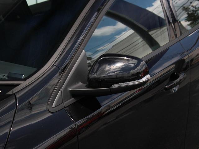 D4 モメンタム 登録済未使用車 LEDヘッドライト(9枚目)
