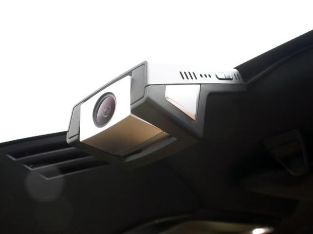 クロスカントリー T5 AWD レザーパッケージ 純正ドラレコ キーレス LEDヘッドライト シートヒーター リアカメラ&360度カメラ 緊急エマージェンシーブレーキ フロント8ウェイパワーシート パワーテールゲート ルーフレール(12枚目)