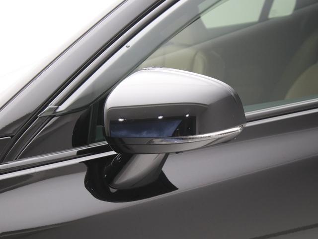 クロスカントリー T5 AWD レザーパッケージ 純正ドラレコ キーレス LEDヘッドライト シートヒーター リアカメラ&360度カメラ 緊急エマージェンシーブレーキ フロント8ウェイパワーシート パワーテールゲート ルーフレール(15枚目)