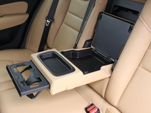 クロスカントリー T5 AWD レザーパッケージ 純正ドラレコ キーレス LEDヘッドライト シートヒーター リアカメラ&360度カメラ 緊急エマージェンシーブレーキ フロント8ウェイパワーシート パワーテールゲート ルーフレール(35枚目)