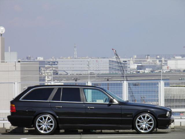 BMW BMW 525iツーリング