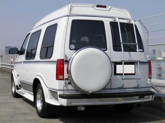 GMC GMC サファリ エクスプローラー AWD 新車並行車