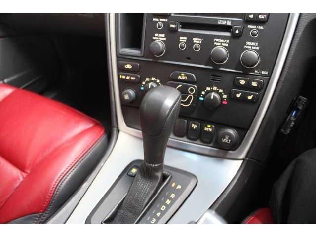 ボルボ ボルボ V70 2.4 Dynamic Edition レッドレザーシート