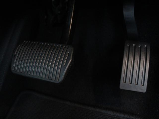 ボルボ ボルボ V40 D4 Inscription 当店試乗車 ブロンドレザー