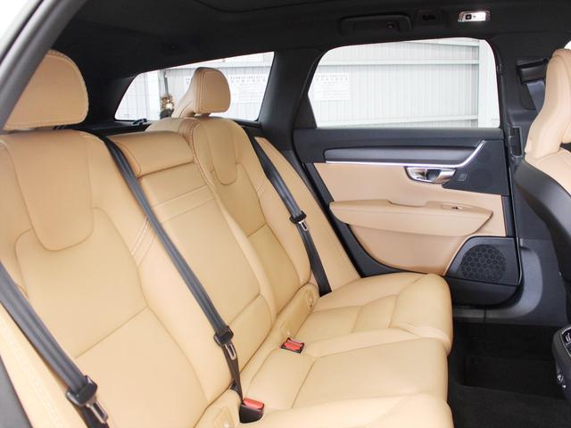 「ボルボ」「V90」「SUV・クロカン」「東京都」の中古車8
