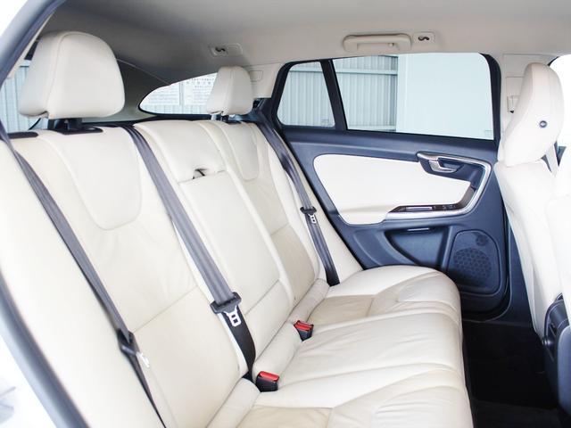 T6 AWD レザーシート パワーシート シートヒーター キセノン HDDナビ(7枚目)