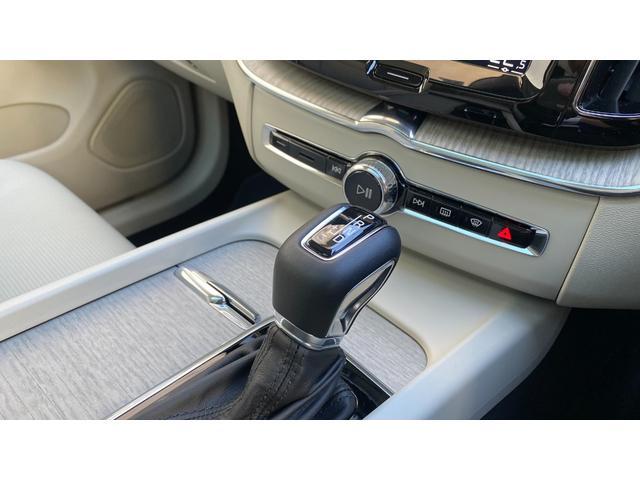 D4 AWD インスクリプション 2020年モデル レザーシート  前後シートヒーター ベンチレーション ステアリングヒーター サンルーフ ヘッドアップディスプレイ B&W ウッドパネル 前後パーキングセンサー(14枚目)