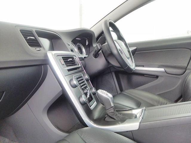 ボルボ ボルボ V60 T4 ワンオーナー セレクト保証 ナビ レザー セーフティ