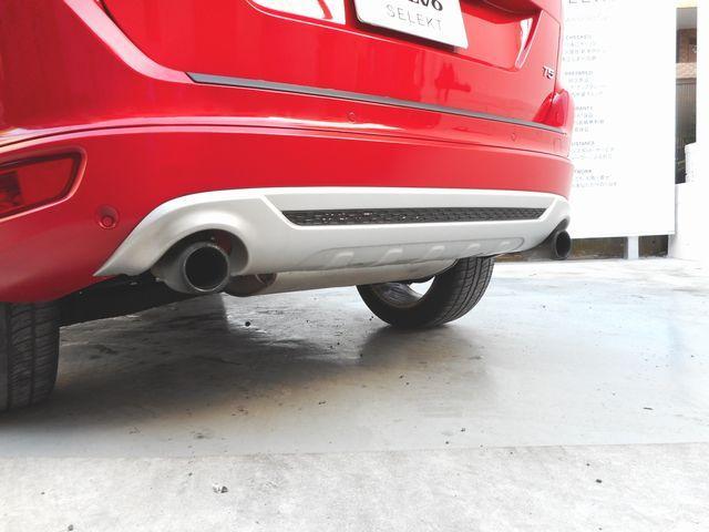 ボルボ ボルボ XC60 T5 Rデザイン 限定色 セーフティパック タイヤ4本新品
