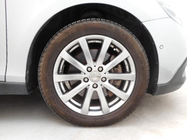クロスカントリー T5 AWD ディーラー車 ワンオーナー(13枚目)
