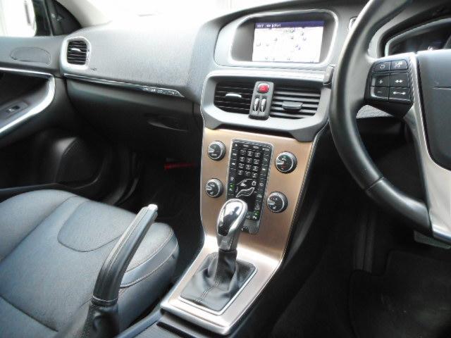 クロスカントリー T5 AWD ディーラー車 ワンオーナー(15枚目)