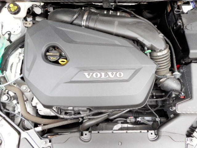 「ボルボ」「ボルボ V40」「ステーションワゴン」「東京都」の中古車20