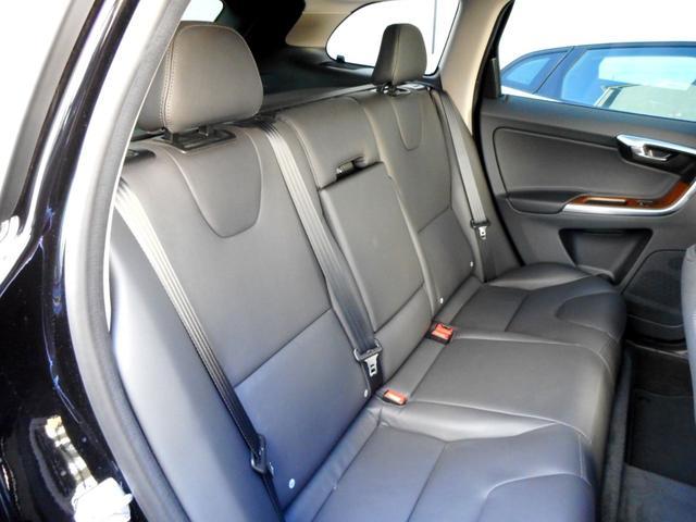 「ボルボ」「ボルボ XC60」「SUV・クロカン」「東京都」の中古車27