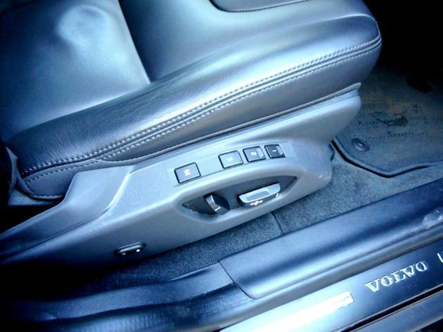 「ボルボ」「ボルボ XC60」「SUV・クロカン」「東京都」の中古車29