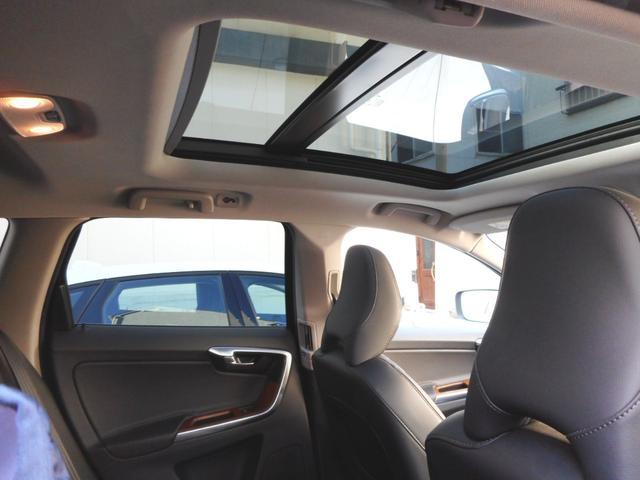 「ボルボ」「ボルボ XC60」「SUV・クロカン」「東京都」の中古車63