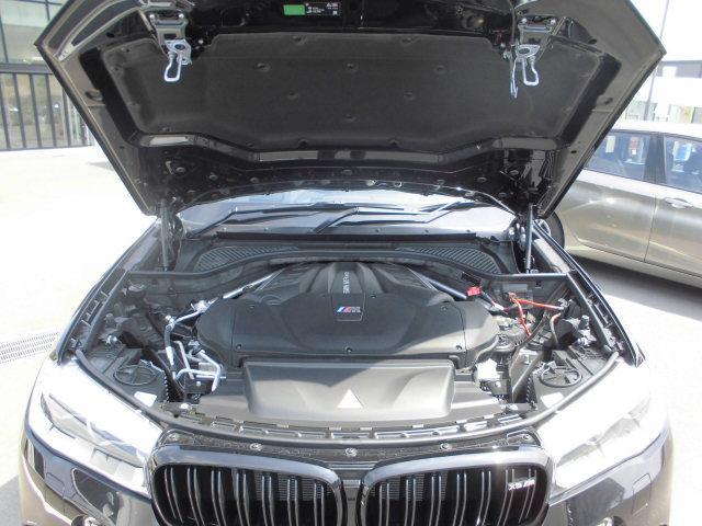 BMW車にはBMW自動車保険がお勧め。他の保険と差別化されたオリジナルの特徴があります。お手元に保険証券をご用意いただき、是非お見積りを。他の保険と比べてください。