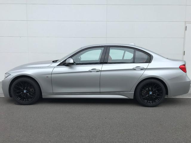 BMW BMW 320d スポーツ赤レザー 新品18インチAWタイヤ ACC