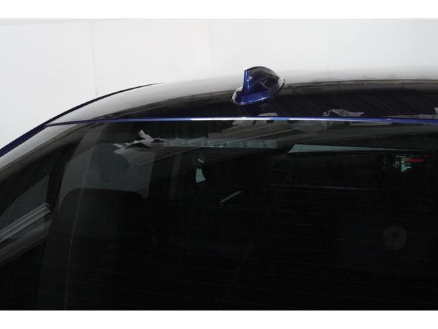 320iラグジュアリー BMW認定中古車 1年保証走行距離無制限 ブラックレザー シートヒーター バックカメラ 衝突軽減 ウッドトリム スマートキー(10枚目)