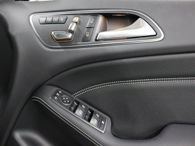 メルセデス・ベンツ M・ベンツ B180 レーダーセーフティパッケージ ベーシックパッケージ