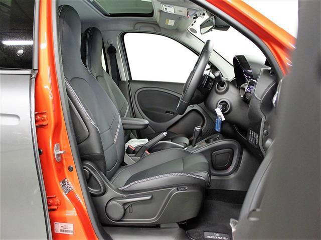 ブラバス エクスクルーシブ 2年保証 新車保証(6枚目)