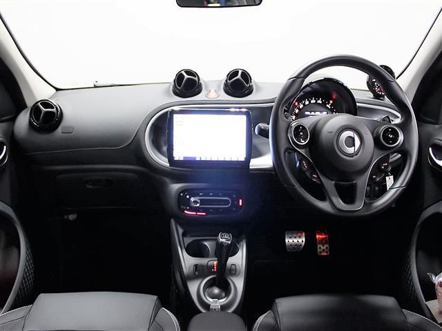 ブラバス エクスクルーシブ 2年保証 新車保証(12枚目)