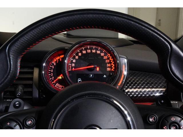 ジョンクーパーワークス コンバーチブル MINI認定中古車 オートマチックトランスミッション アップル・パッケージ カメラ・パッケージ 17インチ・アロイホイール MINIエキサイトメント ワイヤレス 2年保証 全国保証(23枚目)