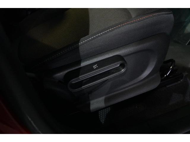 クーパーD クロスオーバー オール4 ペッパーパッケージ LEDヘッドライト LEDフォグランプ ACC18インチホイール(15枚目)